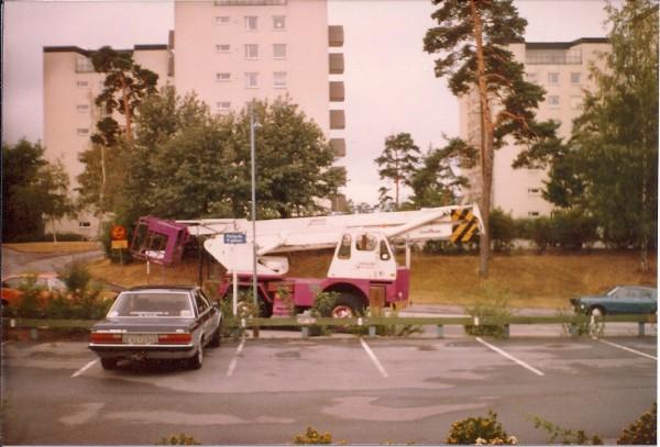 Min skylift på Lundblads 1982 , Byggd på en Björnkran från -72 med en höjd i korgbotten på 21,5m.